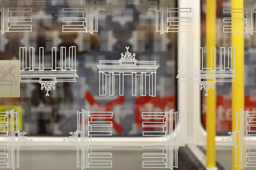 Berlin-U-Bahn-Windows-–-Wonky-Brandenburg-Gate-Graphics.jpg